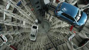 Bloomberg: o mercado global de automóveis está encolhendo. E o de gasolina e diesel também. Na China.