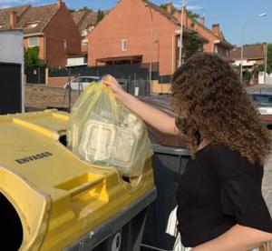 Falando (bem) sobre o plástico na Espanha: cada cidadão espanhol já recicla 12,3 kg/ano em casa.
